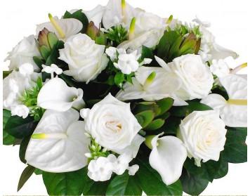 Элегантные композиции с белыми цветами